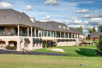 Bogey Hill Country Club Exterior Back from golf course